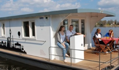 Hausboot mieten bei unserem Bootsverleih an der Müritz