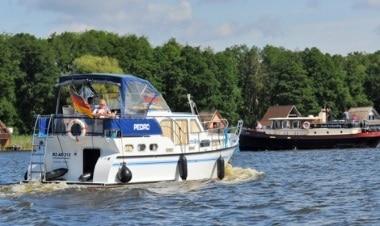 Yacht mieten bei unserem Bootsverleih an der Müritz